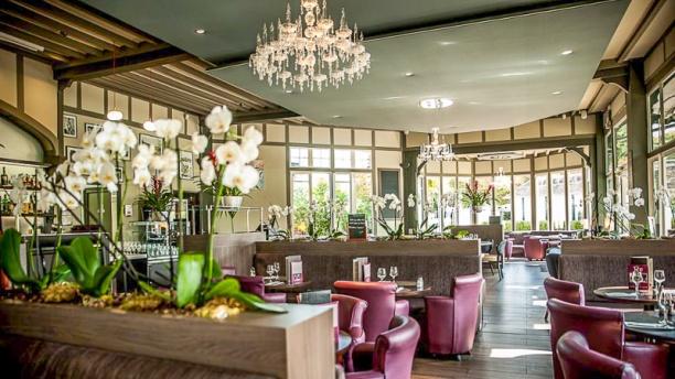le-restaurant-de-la-plage-vue-de-la-salle-6f276